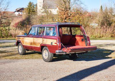 JeepWagoneer15890