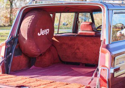 JeepWagoneer16117