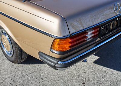 Mercedes_w123_0043