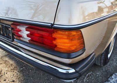 Mercedes_w123_0071